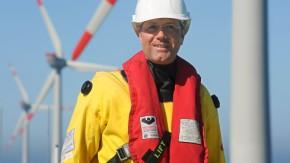 eOffshore-Windpark Alpha Ventus - Einweihung Röttgen