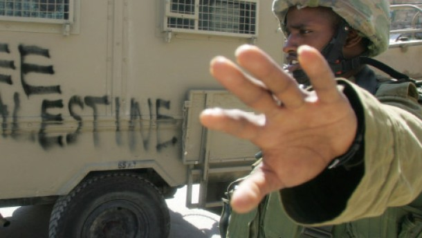 Flüche auf die Armee