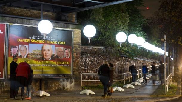 """""""Lichtgrenze"""" ist Wort des Jahres 2014"""