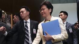 Lässt China die Hongkonger Regierungschefin Lam fallen?
