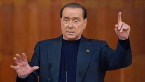 Berlusconi: Ich bin ein Freund der Deutschen