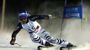 Schneesturm bremst Herren - Kostelic gewinnt Weltcup