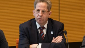 Ostbeauftragter kritisiert Maaßens mögliche Bundestagskandidatur