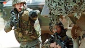 Scharping: Bis zu 500 Soldaten nach Mazedonien