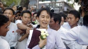 Burmas Generäle als Helden?