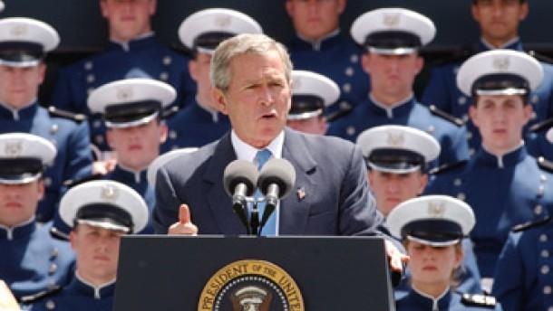 Bush vergleicht Kampf gegen Terror mit Zweitem Weltkrieg