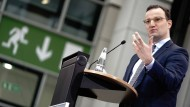 Bundesgesundheitsminister Jens Spahn (CDU) gibt am 6. Januar eine Pressekonferenz in Berlin zum Zwischenstand der Impfungen gegen das Coronavirus.