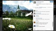 """Zu diesem Bild vom G-7-Gipfelort Schloss Elmau schreibt """"i_kursant"""" in kyrillischer Schrift in etwa: """"Merkel, ich habe die Schnauze voll davon, dass du die russischen Kommentare löschst! Kannst Du die Wahrheit nicht vertragen?"""""""
