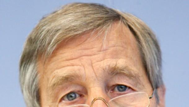 Clement rät von Schwans Kandidatur ab