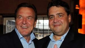 Mit, gegen und ohne Schröder