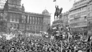 Zehn Tage, die Prag erschütterten