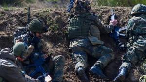 Bundeswehr ruft Soldaten aus NATO-Einsatz ab