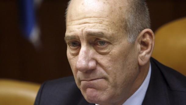 Olmert wegen Korruption angeklagt