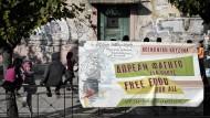 Umstrittene Flüchtlingsanlage in Athen
