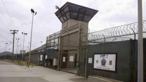 Zehn Guantánamo-Gefangene nach Oman überstellt