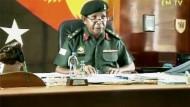 Eine Gruppe von Soldaten stellte den Militärchef am Donnerstag unter Hausarrest.