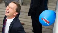 Der AfD-Vorsitzende Bernd Lucke kann sich über den Sachsen-Sieg freuen