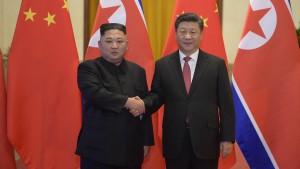 Xi Jinping besucht erstmals Nordkorea