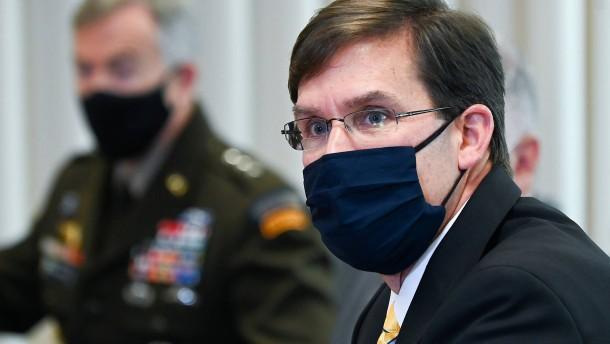 Verteidigungsminister Esper muss gehen