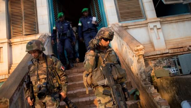 Frankreich will Truppen nicht aufstocken