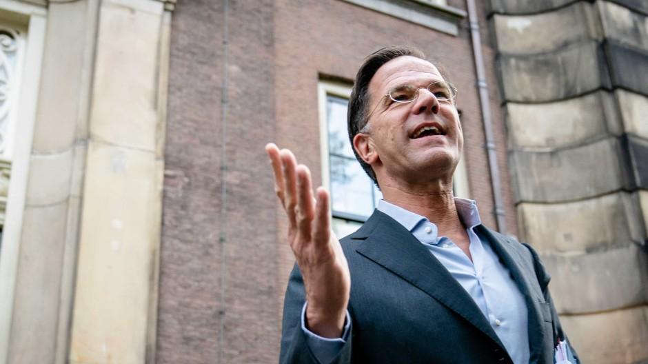 Niederlande, Den Haag: Mark Rutte, Parteivorsitzender der VVD, kommt im Logement an.