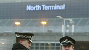 Festnahmen auf britischen Flughäfen