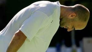 Melbourne fiebert: Federer trifft auf Agassi