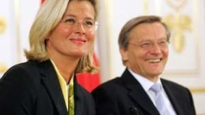 Ursula Plassnik neue Außenministerin