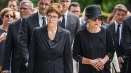 Wegbegleiter gedenken Helmut Kohls