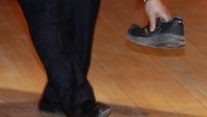 In chinesischen Medien fliegt kein Schuh