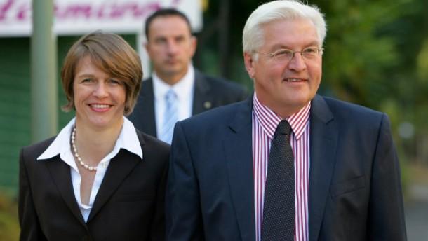 Steinmeier zieht sich vorübergehend aus der Politik zurück