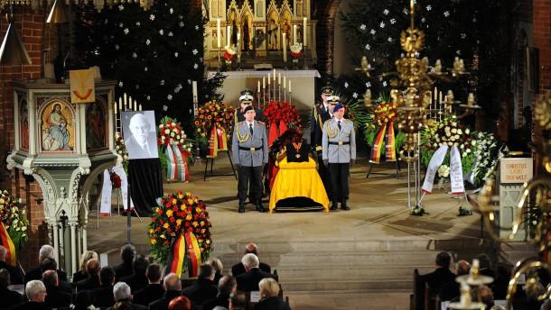 Trauerfeier für Peter Struck