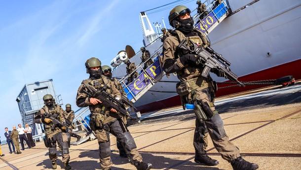 Polizei und Bundeswehr üben Terrorlage auf der Nordsee