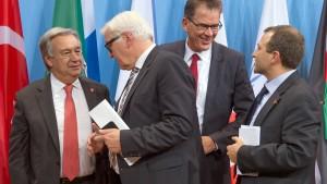 """""""Wir lassen Syrien-Flüchtlinge nicht allein"""""""