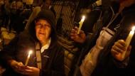 Trauer in Ägypten um die von Terroristen ermordeten koptischen Christen.