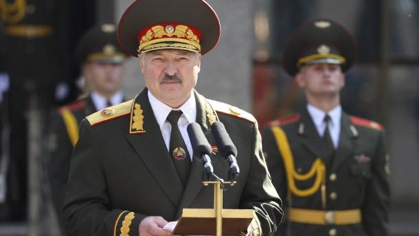 EU-Sanktionen gegen Lukaschenka treten in Kraft