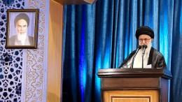 Chamenei zeigt iranischen Demonstranten die kalte Schulter
