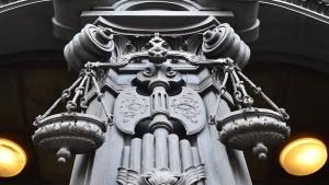 Die vierte Kraft im Gerichtssaal