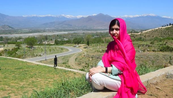 Friedensnobelpreisträgerin Malala erstmals wieder an Heimatort