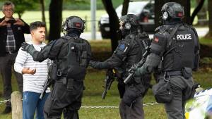 """""""Rechtsterroristen und Dschihadisten befruchten sich gegenseitig"""""""