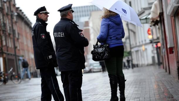 frankfurt prostituierte sex im stehen gegen die wand
