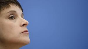 AfD-Rivalen wollen Petry-Einzug in Bundestag verhindern