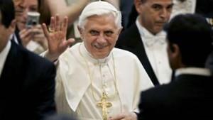Papst verurteilt Homo-Ehen und Gentechnik