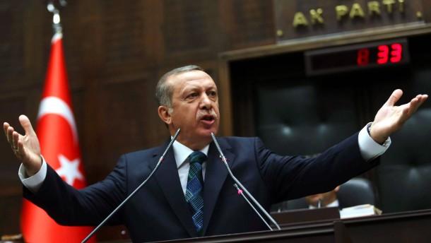 AKP ernennt Erdogan zum Präsidentschaftskandidaten