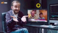 """Bei dem Witz kam Jan Böhmermann ohne türkische Beteiligung aus: """"Neo Magazin Royale"""" schleuste zwei Schauspieler in die RTL-Show """"Schwiegertochter gesucht"""" ein und zeigte, wie es hinter den Kulissen zugeht."""