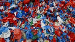Entwicklungsminister Müller fordert umgehendes Verbot von Plastiktüten