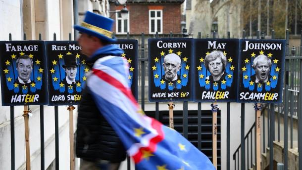 Britische Abgeordnete wollen harten Brexit per Gesetz verhindern
