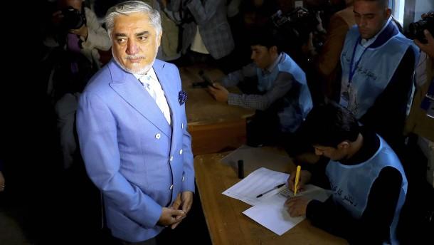 Abdullah erklärt sich zum Sieger der Präsidentenwahl
