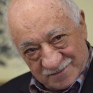 Wieder gab es Entlassungen von türkischen Staatsbediensteten. Sie sollen angeblich Anhänger des islamischen Geistlichen Fethullah Gülen sein.