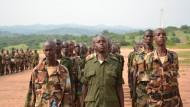 Somalische Rekruten auf dem Exzerzierplatz der EUTM Somalia in Bihanga im Westen Ugandas (aufgenommen im August 2012)